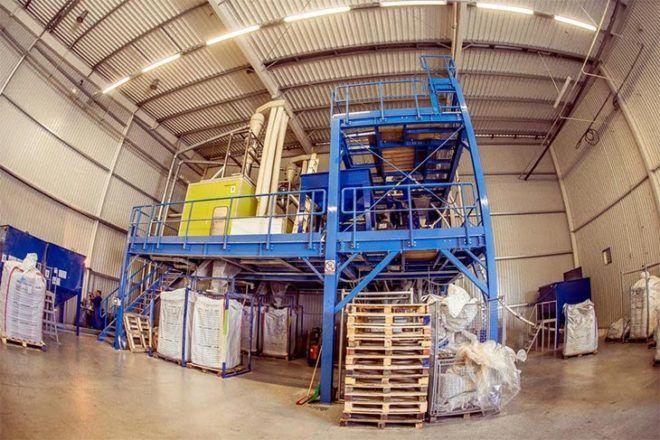 Процесс переработки ПВХ отходов