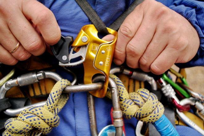Снаряжение и оборудование для промышленного альпинизма