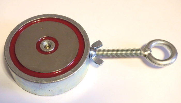 Двухсторонний магнит для поисков