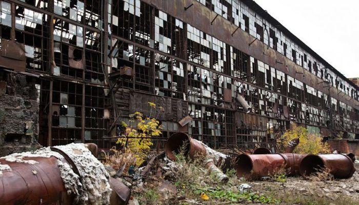 Поиск металлолома на заброшенных заводах