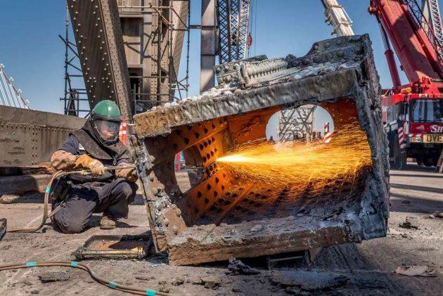 Демонтаж, резка металлоконструкций