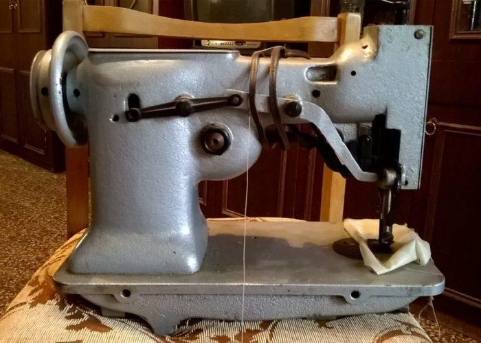 Головка промышленной швейной машинки