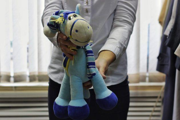 Передача вещей в детский дом