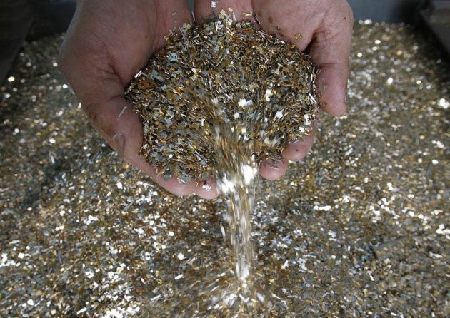 Переработка отходов, содержащих драгоценные металлы