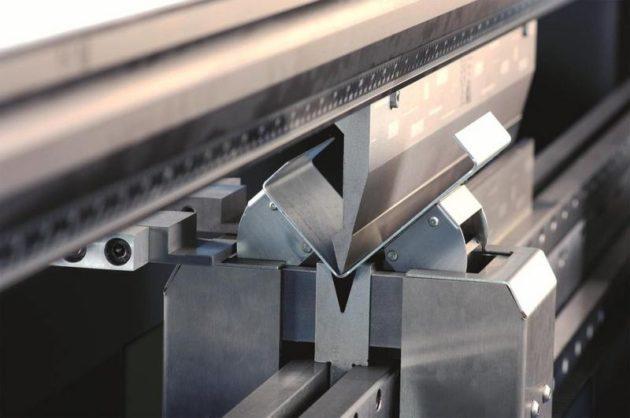 Рубка металлических листов