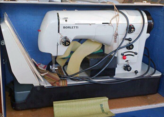Швейная машинка Borletti