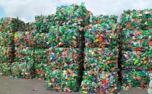 Утилизация бутылок из пластика