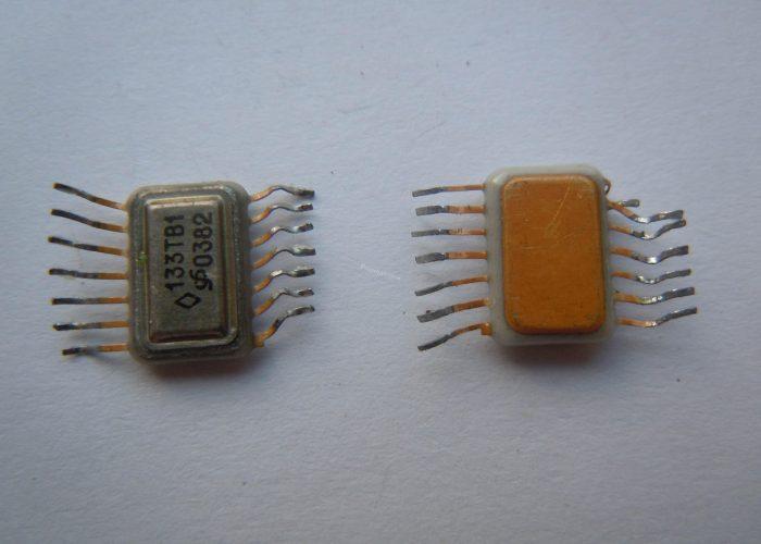 Микросхема 133