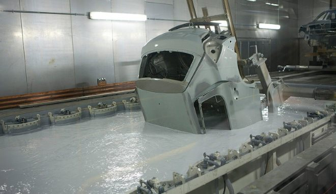 Оцинковка кузова автомобиля в гальванической ванне